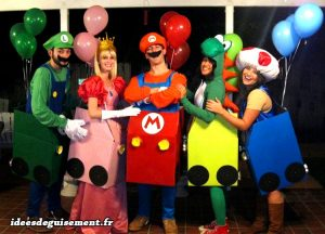 Equipe Mario Kart ballons Luigi Princesse Peach Yoshi Toad - Idees originales deguisement costume et cosplay jeux video geek a plusieurs groupe Famille Halloween